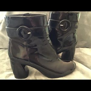 NINE WEST KYRA BLACK PATENT LEATHER ANKLE BOOTS